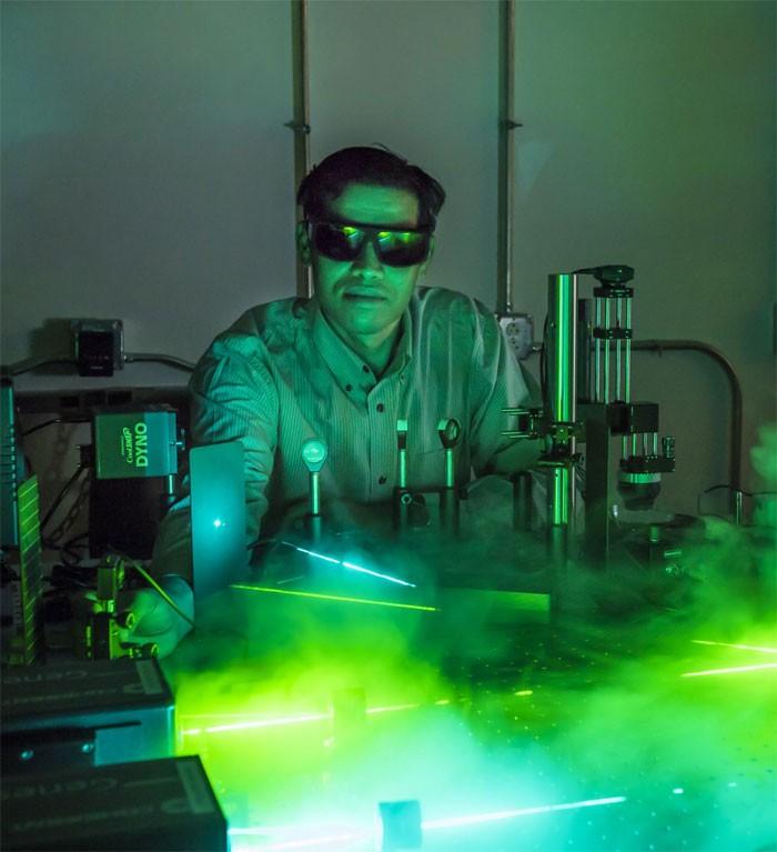 تغییر طول موج نور با ترکیب چاه کوانتومی و نانوذرات طلا
